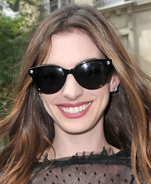 c4ec3f47d5ad Tags: Anne Hathaway, celebrity spex, celebrity sunglasses ...